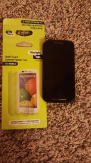 Motorola moto E phone, great condition, used by my dtr for 8 months, works with Walmart straight talk plan. Diff. options-plans to choose