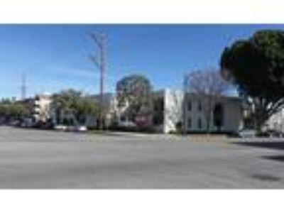 Burbank, 4425 West Riverside Drive is an office space in the