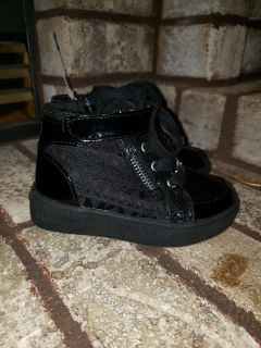 New! Size 7 toddler Michael Kors shoes