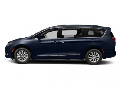 2017 Chrysler Town & Country Limited (Jazz Blue Pearlcoat)