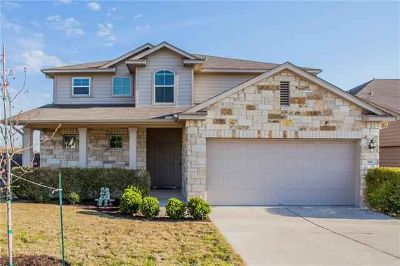 148 Lavaca LOOP Hutto, This home has it all.