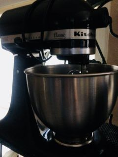 Kitchenaid Classic series, like new