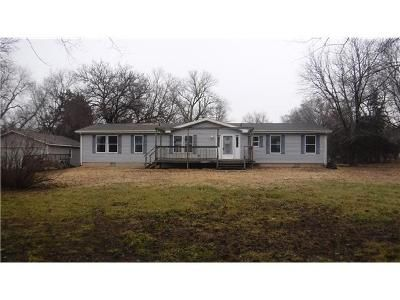 3 Bed 3.1 Bath Foreclosure Property in El Dorado, KS 67042 - SE 14th Ter