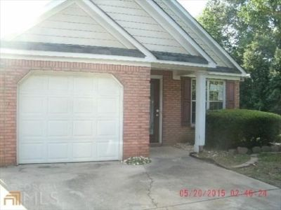 Unfurnished One Bedroom near I-20 off Thornton Road