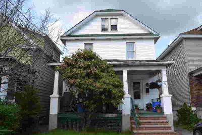 512 E Grant St OLYPHANT, Well kept 2 unit investment