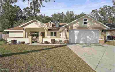 8465 SE 156th Place Summerfield Three BR, Wow wow wow!