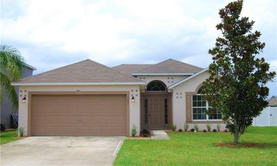 MOVE-IN READY, 3-bedroom, 2-bathroom home in the beautiful gated community of Berry's Ridge.