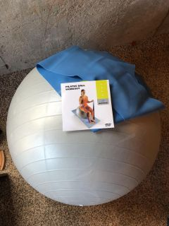 ***REDUCED for Quick Sale! Like NEW! Bowflex Pilates Ball workout on DVD with strength band and ball