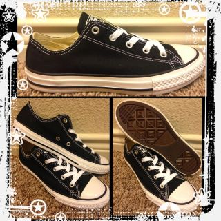 Kid's Unisex Converse Size 3 *New In Box