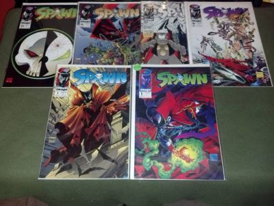 RARE TODD MCFARLANES SPAWN COLLECTIBLE COMICS IN MINT CONDITION (RGV)