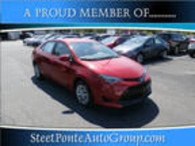 2018 Toyota Corolla Red, new