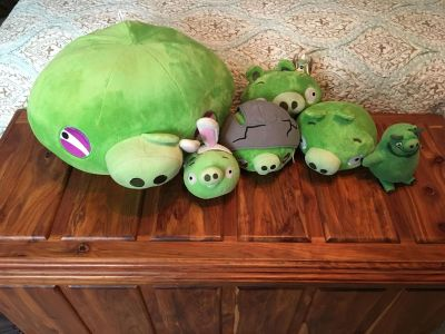 Angry Birds Pig collection