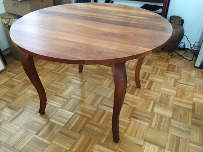 American Cherry extendable Dining Table