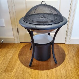 Fire pit / ice bucket and side table