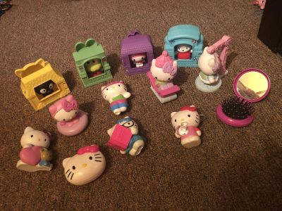 Hello Kitty and Friends Lot