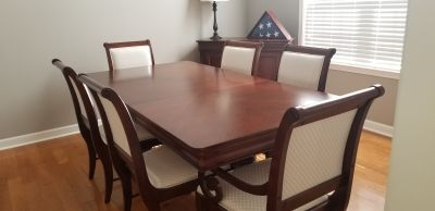 Broyhill Double Pedestal Cherry Dining Room Table