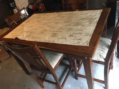 Solid wood Tall Table with 4 Chairs