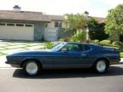 1973 Ford Mustang Mach I Fastback 2-Door 5.8L