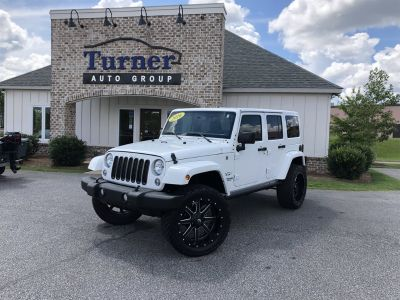 2016 Jeep Wrangler Unlimited Sahara (White)