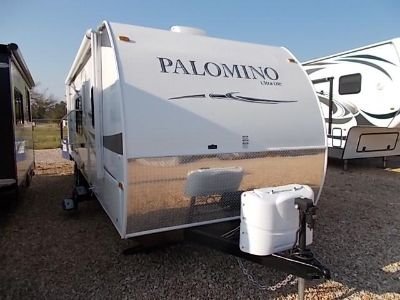 $18,900, 2012 Thoroughbred 26' Travel Trailer