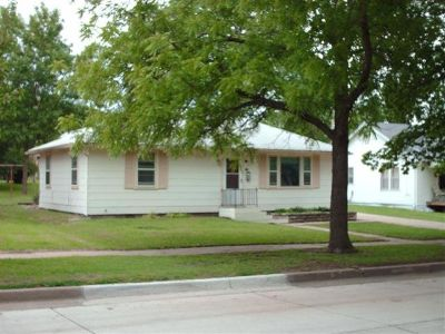 FOR RENT: NICE 2 BEDROOM RANCH STYLE HOME ~ 25 MINUTES SOUTH JC-FORT RILEY AREA