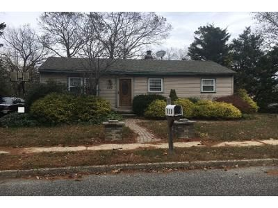 3 Bed 1 Bath Preforeclosure Property in Browns Mills, NJ 08015 - Berkeley Dr