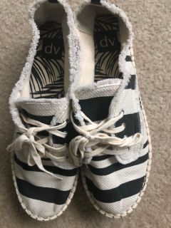 Women s size 11 striped platform shoes like new