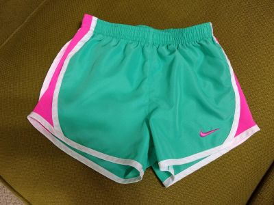 Nike shorts 6X perfect condition