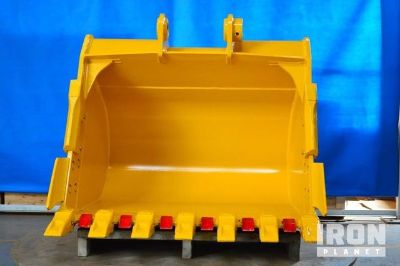 "Emaq 54"" HD Excavator Bucket - Fits Komatsu PC200/220LC - Unused"