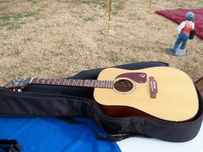 Gibson Epiphone Accoustic Guitar