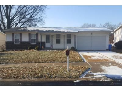 3 Bed 1 Bath Preforeclosure Property in Florissant, MO 63031 - Marrisa Dr