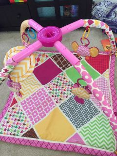 Infantino play mat Great Condition!