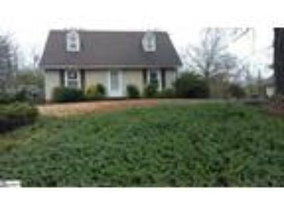 Cozy 2 story Cape Cod in Westwood subdivision...