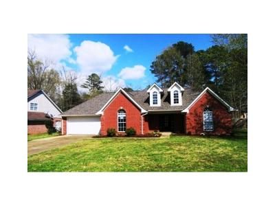 3 Bed 2 Bath Foreclosure Property in Oxford, MS 38655 - Alexa Dr