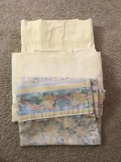 Twin thick quality cotton cream yellow sheet set with vintage pillowcase