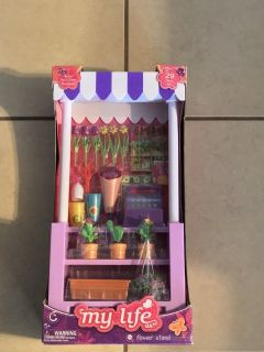 18 Doll Flower Stand w/Accessories New in Box