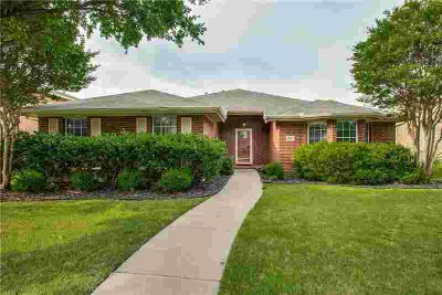 4105 Freedom Lane FRISCO Three BR, Buyer to verify schools and