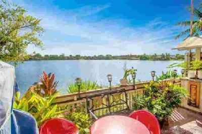 441 NW 109th Ave 9C Miami Three BR, Spectacular 3/2.5 condo/villa