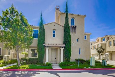 Turn Key, 4-5 bed, 3.5 bath in Chula Vista