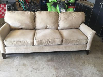 Couch. FREE