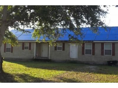 3 Bed 2 Bath Foreclosure Property in Okeechobee, FL 34972 - NE 10th Ln