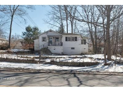 3 Bed 2 Bath Foreclosure Property in Hopatcong, NJ 07843 - Brooklyn Mountain Rd