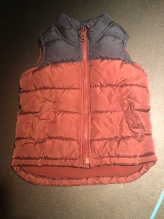 Old Navy 4T puffer vest