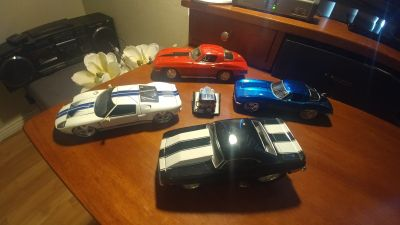"4 classic cars 1/24 "" scale"