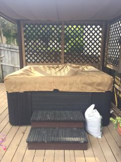 Cal spa hot tub and cover
