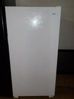 KENMORE UP RIGHT FREEZER
