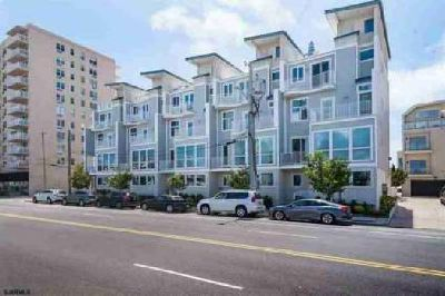 9500 Atlantic Ave Margate City, Fabulous Town Home with 4