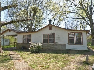 3 Bed 2 Bath Foreclosure Property in Florence, AL 35630 - Midway St