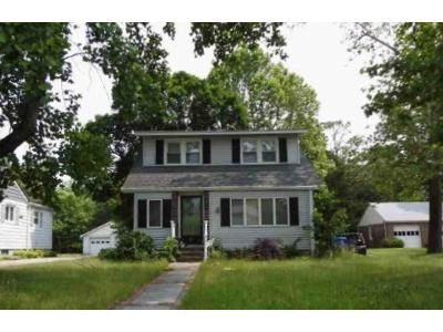 3 Bed 1.5 Bath Foreclosure Property in Hammonton, NJ 08037 - N 4th St