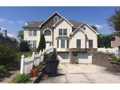 6 Bed 6 Bath Preforeclosure Property in King Of Prussia, PA 19406 - W Valley Forge Rd